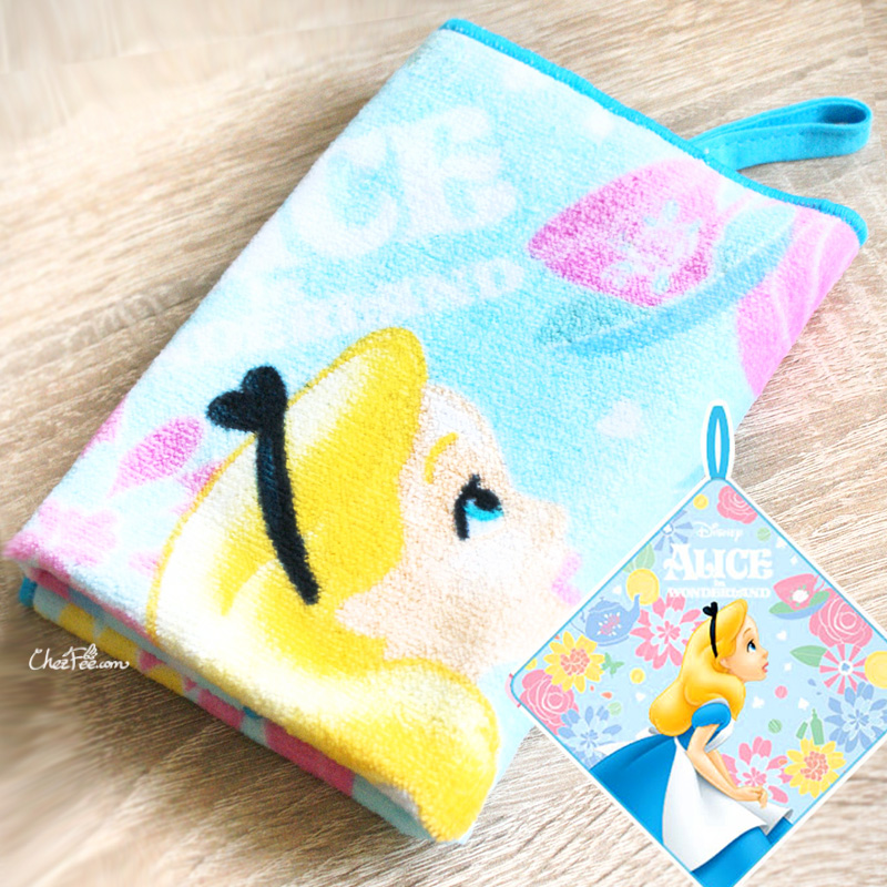 boutique kawaii shop chezfee serviette coton disney japan alice wonderland pays merveilles 1