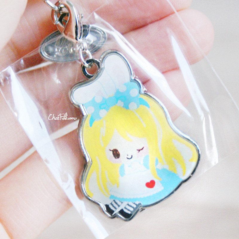 boutique kawaii shop chezfee disney japan charm strap alice wonderland pays merveilles chibi 3