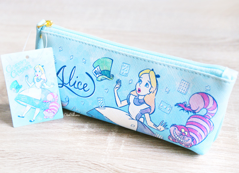 boutique kawaii shop chezfee disney japan papeterie trousse alice wonderland pays merveilles chechire 1