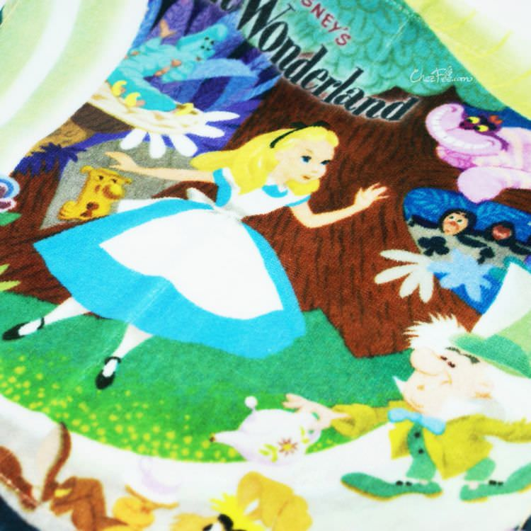 boutique kawaii shop france japonais chezfee disney japan alice wonderland serviette 2