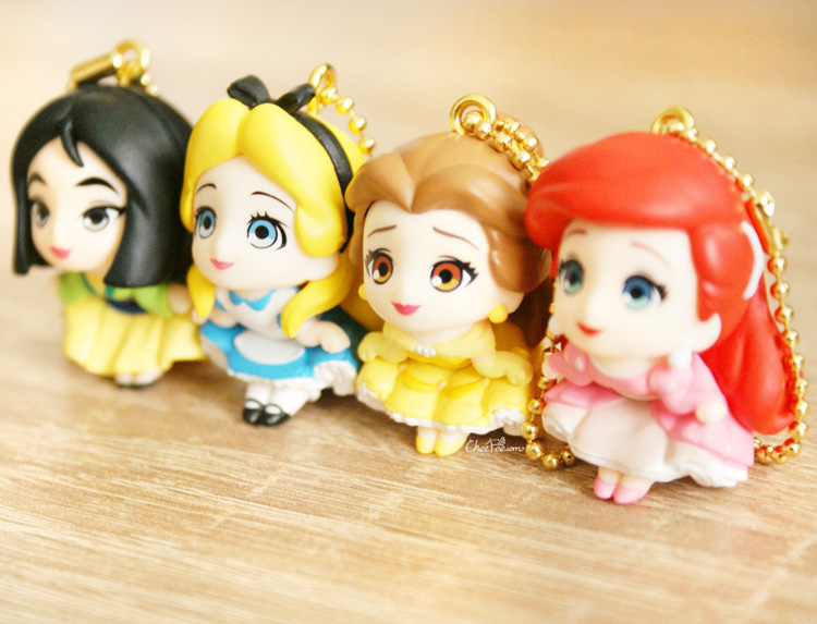 boutique kawaii shop chezfee gashapon figurine porte clef clip chibi disney princesses 3