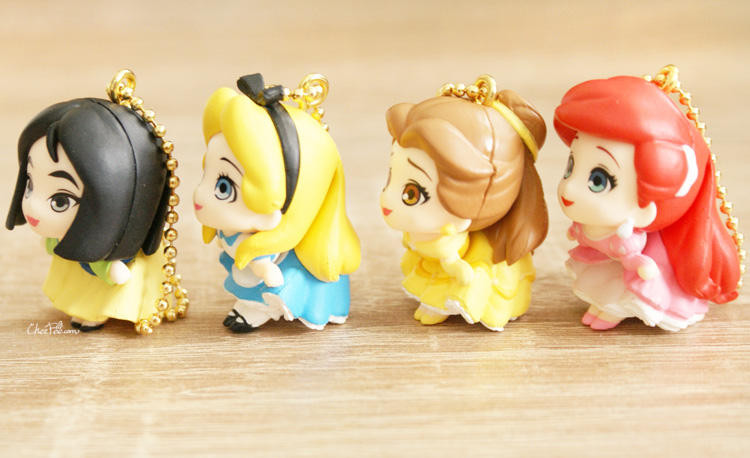 boutique kawaii shop chezfee gashapon figurine porte clef clip chibi disney princesses 6