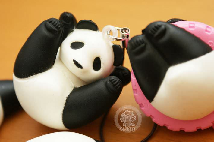 boutique kawaii shop france chezfee com gachapon strap porteclef panda squishy6