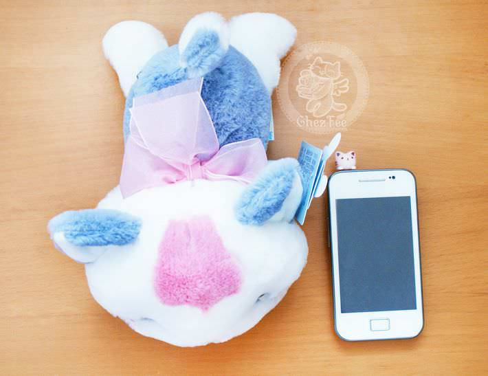 peluche-mignon-chat-allonge-boutique-kawaii-en-ligne-chezfee-com5