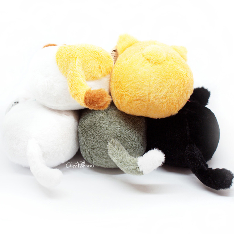 boutique kawaii shop chezfee peluche chat cat neko couche japonais 2