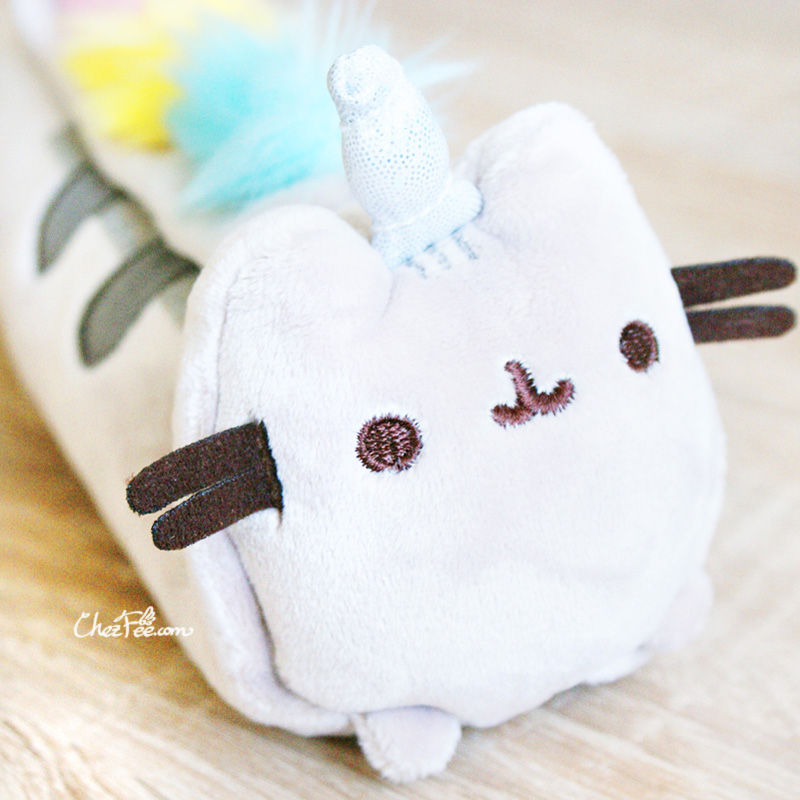 boutique papeterie fourniture kawaii shop france chezfee trousse peluche pusheen licorne officiel 2