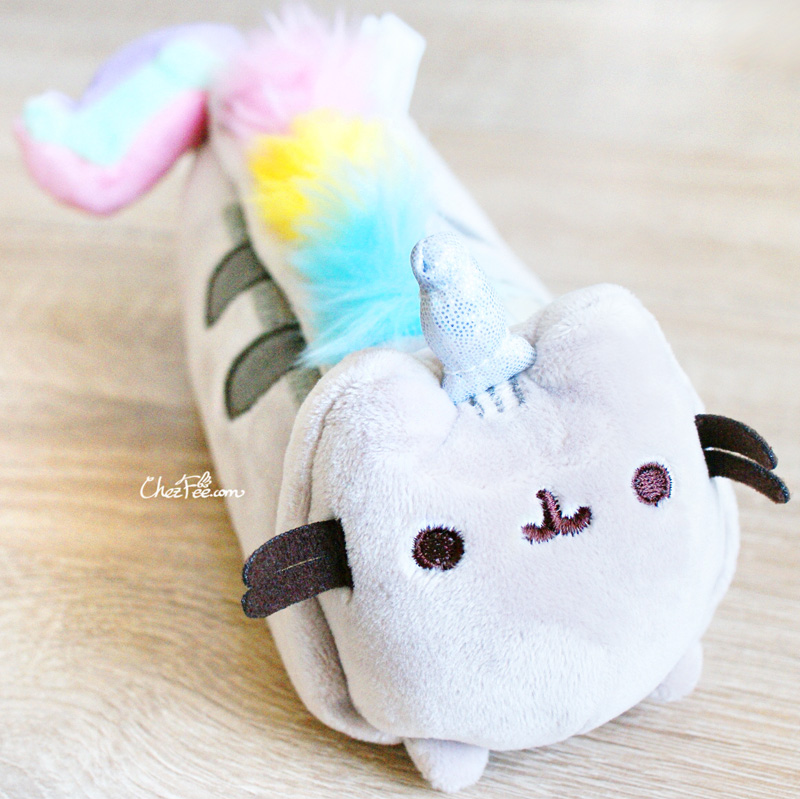 boutique papeterie fourniture kawaii shop france chezfee trousse peluche pusheen licorne officiel 8