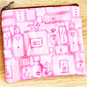 boutique kawaii shop cute sailor moon officiel gashapon pochette cosmetique