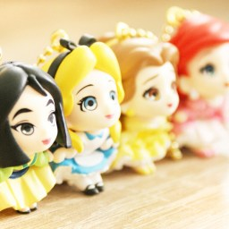 boutique-kawaii-shop-chezfee-gashapon-figurine-porte-clef-clip-chibi-disney-princesses-4s9