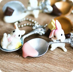 boutique-kawaii-shop-france-chezfee-gashapon-porte-clef-strap-japonais