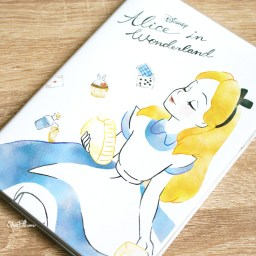 boutique-kawaii-shop-chezfee-agenda-2020-japonais-disney-japan-alice-wonderland-0