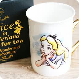 boutique-kawaii-shop-chezfee-disney-japan-authentique-mug-alice-wonderland-elegant