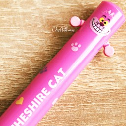 boutique-kawaii-shop-chezfee-disney-japon-licence-officiel-papeterie-stylo-alice-chat-cheshire-3