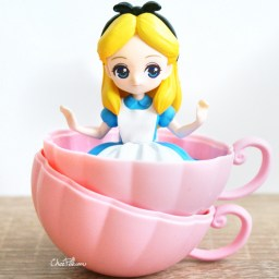 boutique-kawaii-shop-chezfee-gashapon-figurine-disney-princesses-posket-heroine-doll-alice-2