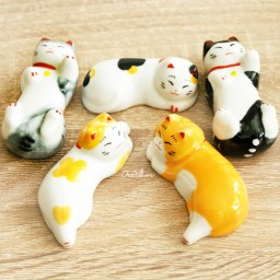 boutique-kawaii-shop-chezfee-repose-baguette-japonais-ceramique-chat-detente-1