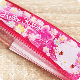 boutique-kawaii-shop-chezfee-sanrio-officiel-authentique-brosse-cheveux-hello-kitty