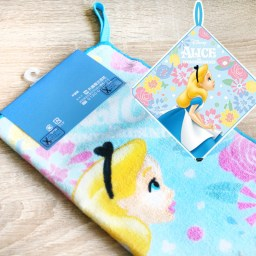 boutique-kawaii-shop-chezfee-serviette-coton-disney-japan-alice-wonderland-pays-merveilles-3