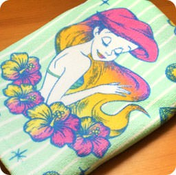 boutique-kawaii-shop-disney-japan-chezfee-france-serviette-ariel-sirene-fleur