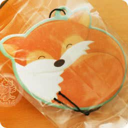 boutique-kawaii-shop-en-ligne-chezfee-com-breloque-parfum-desodorisant-renard-fox-foret-fruit