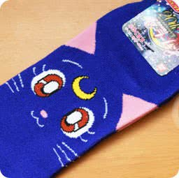 boutique-kawaii-shop-france-chezfee-com-chaussette-kawaii-sailor-moon-luna-bandai-authentique