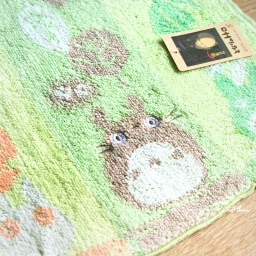 boutique-kawaii-shop-france-chezfee-studio-ghibli-officiel-totoro-serviette-feuille-3