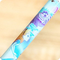 boutique-kawaii-shop-france-disney-japan-alice-wonderland-pays-merveilles-papeterie-stylo-couleur-parfume-bleu