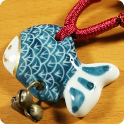 boutique-kawaii-shop-france-lille-chezfee-com-collier-bijoux--tradition-asiatique-ceramique-poisson