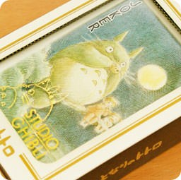 boutique-shop-kawaii-en-ligne-chezfee-com-poker-ghibli-officiel-voisin-neighbor-totoro