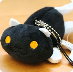 strap-charm-nettoyeur-ecran-mini-peluche-boutique-kawaii-shop-cute-france-chezfee-com-neko-atsume-chat-noir