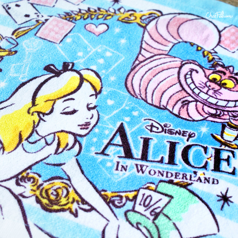 boutique kawaii shop chezfee disney japan wonderland alice pays merveilles serviette towel 2