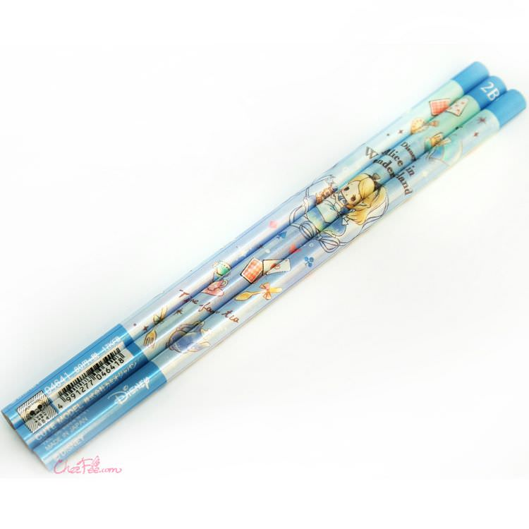 boutique kawaii shop france japonais chezfee disney japan alice wonderland chibi crayons bleu 1