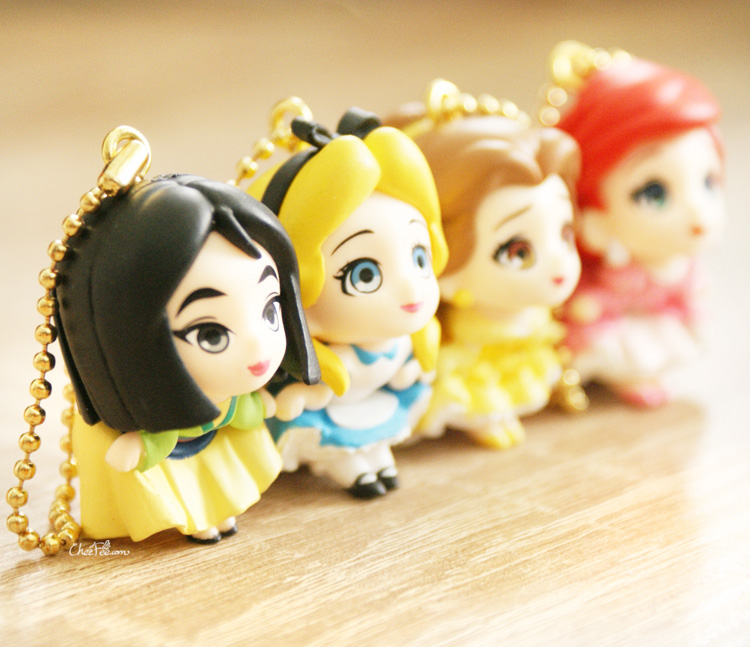 boutique kawaii shop chezfee gashapon figurine porte clef clip chibi disney princesses 4