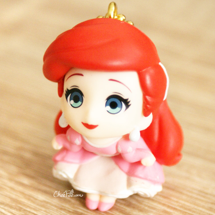 boutique kawaii shop chezfee gashapon figurine porte clef clip chibi disney princesses ariel 1