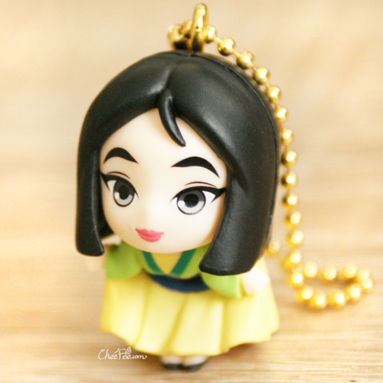 boutique kawaii shop chezfee gashapon figurine porte clef clip chibi disney princesses mulan 1