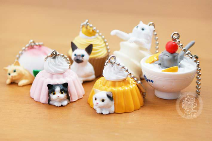 boutique kawaii shop chezfee com gachapon france straps porte clef neko cafe6
