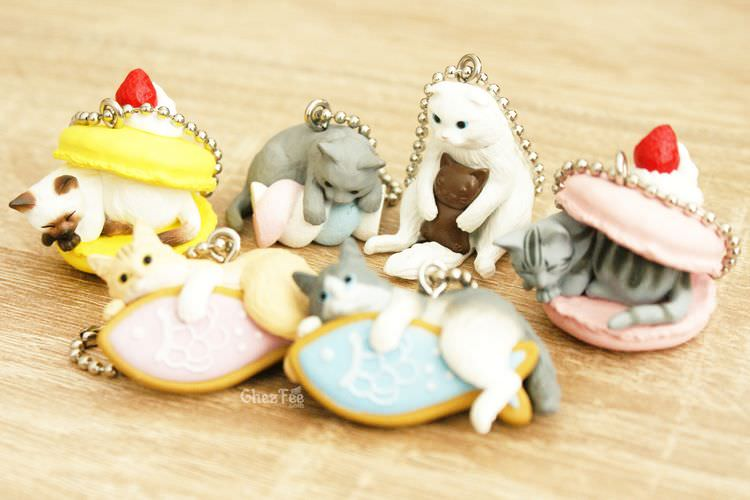 boutique kawaii shop cute chezfee gachapon france straps porte clef neko cafe chat gateaux 2