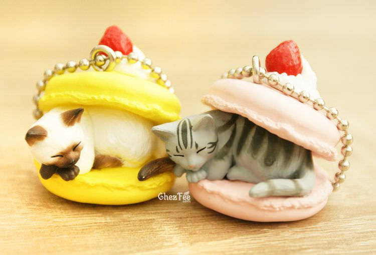 boutique kawaii shop cute chezfee gachapon france straps porte clef neko cafe chat gateaux 7