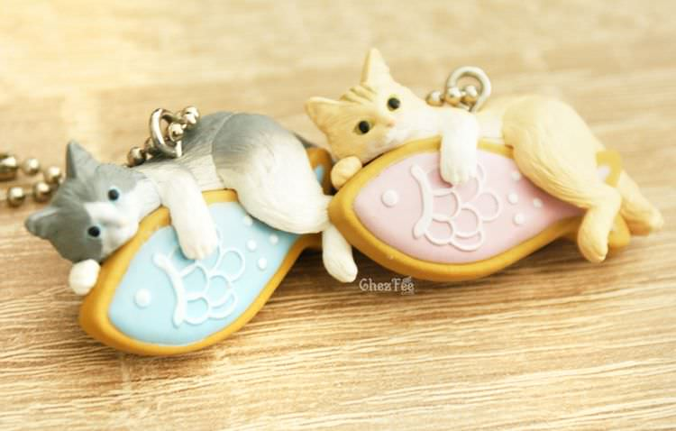 boutique kawaii shop cute chezfee gachapon france straps porte clef neko cafe chat gateaux 8