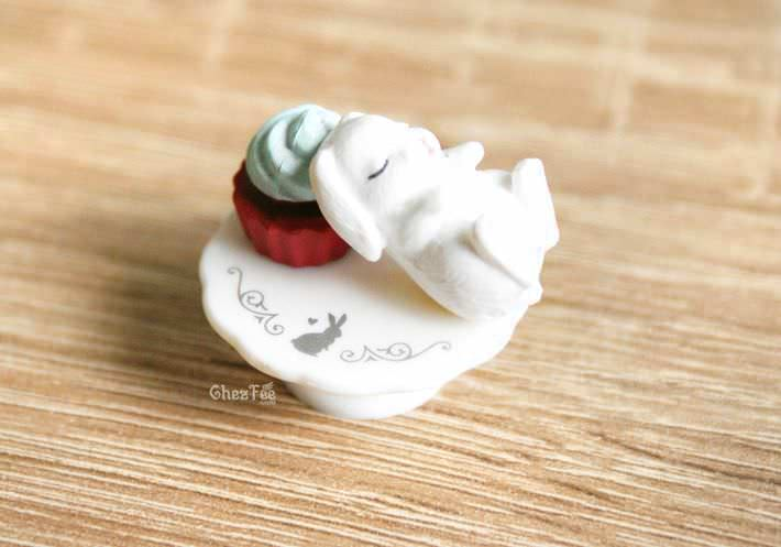 boutique kawaii authentique chezfee gashapon gachapon lapin patisserie blanc