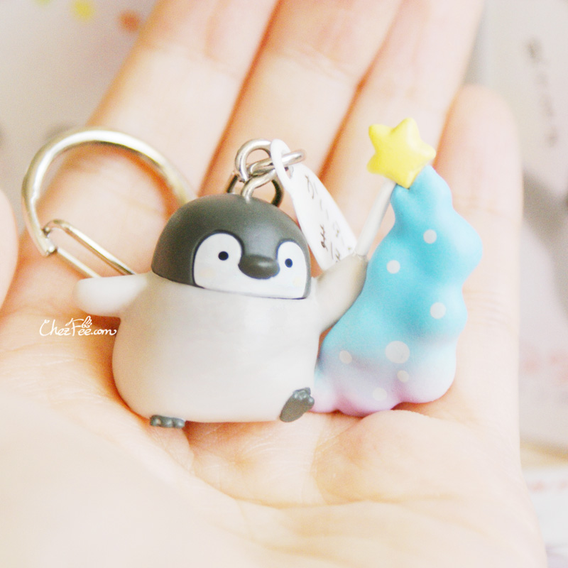 boutique kawaii shop france chezfee boite mysterieuse blind box pingouin porte clef 5
