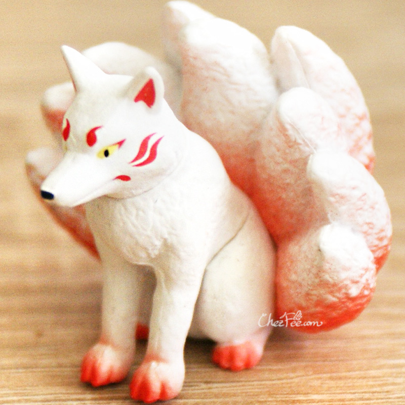 boutique kawaii shop chezfee gashapon renard neuf queue kyubiku blanc assis
