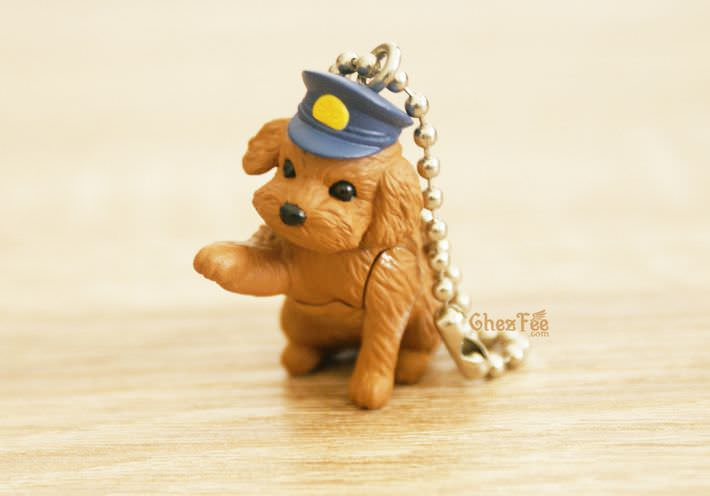 boutique kawaii shop france chezfee gachapon wancos cosplay chien bandai caniche police1
