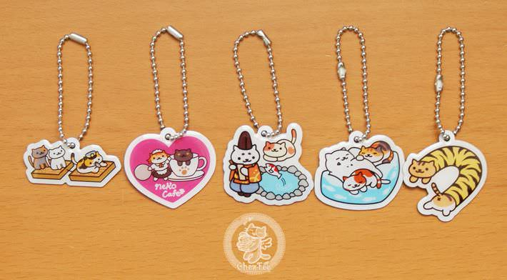 boutique kawaii shop france lille chezfee com gachapon capsule japonais authentique cat neko atsume charm strap2