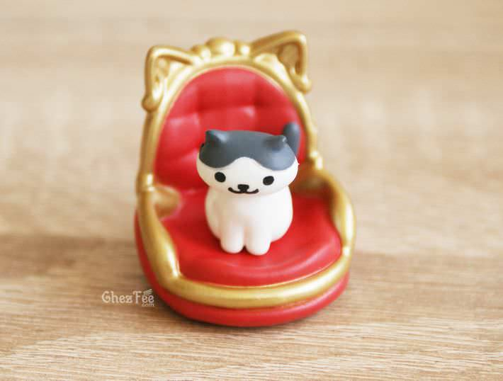 boutique kawaii shop france chezfee gachapon japonais neko atsume figurine version5 royal1