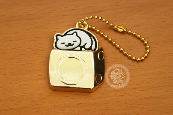 boutique kawaii shop france chezfee com gachapon japonais authentique neko atsume charm strap or blanc1
