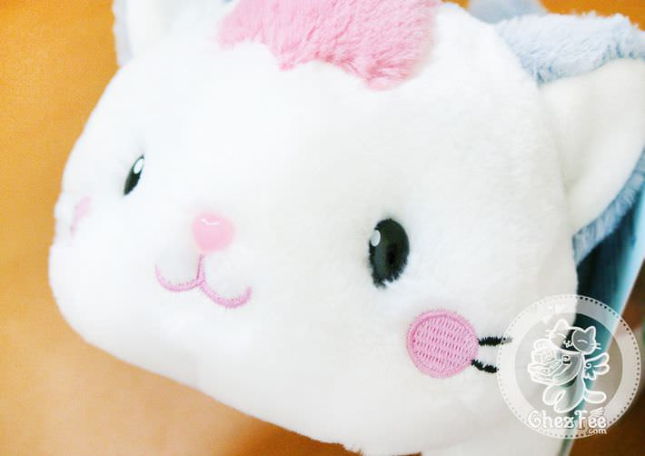 peluche-mignon-chat-allonge-boutique-kawaii-en-ligne-chezfee-com10