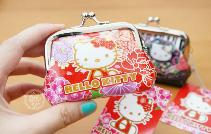 boutique kawaii shop chezfee com nouvel an fete japonais tradition sanrio hellokitty porte monnaie strap3