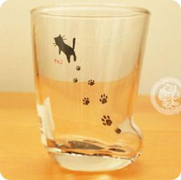 8955bc3ed1243 Un verre en forme de papatte de chat   !! OUI !! Ca existe ! XD Idée cadeau  pour les Cat Lovers~   w   Meww~~!