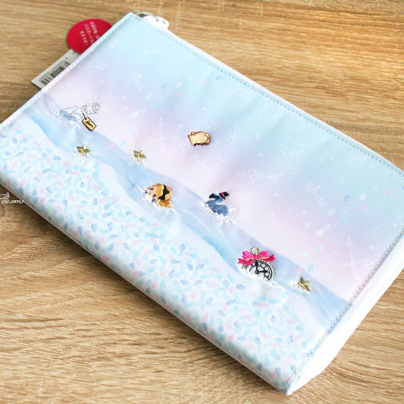 Grande pochette Multi-usages   range carnet chéquier   portefeuille KAWAII  - Fairytale Alice in Wonderland (22.5 14.5cm) 5528aa9b544
