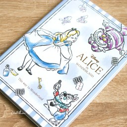 boutique-kawaii-shop-chezfee-agenda-2020-japonais-disney-japan-alice-wonderland-chat-cheshire-0